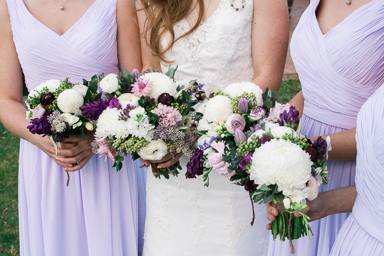 Brautstrauß und Straeuße für Trauzeuginnen