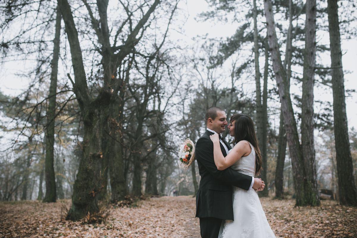 Das Richtige Outfit Fur Eine Hochzeit Im Herbst