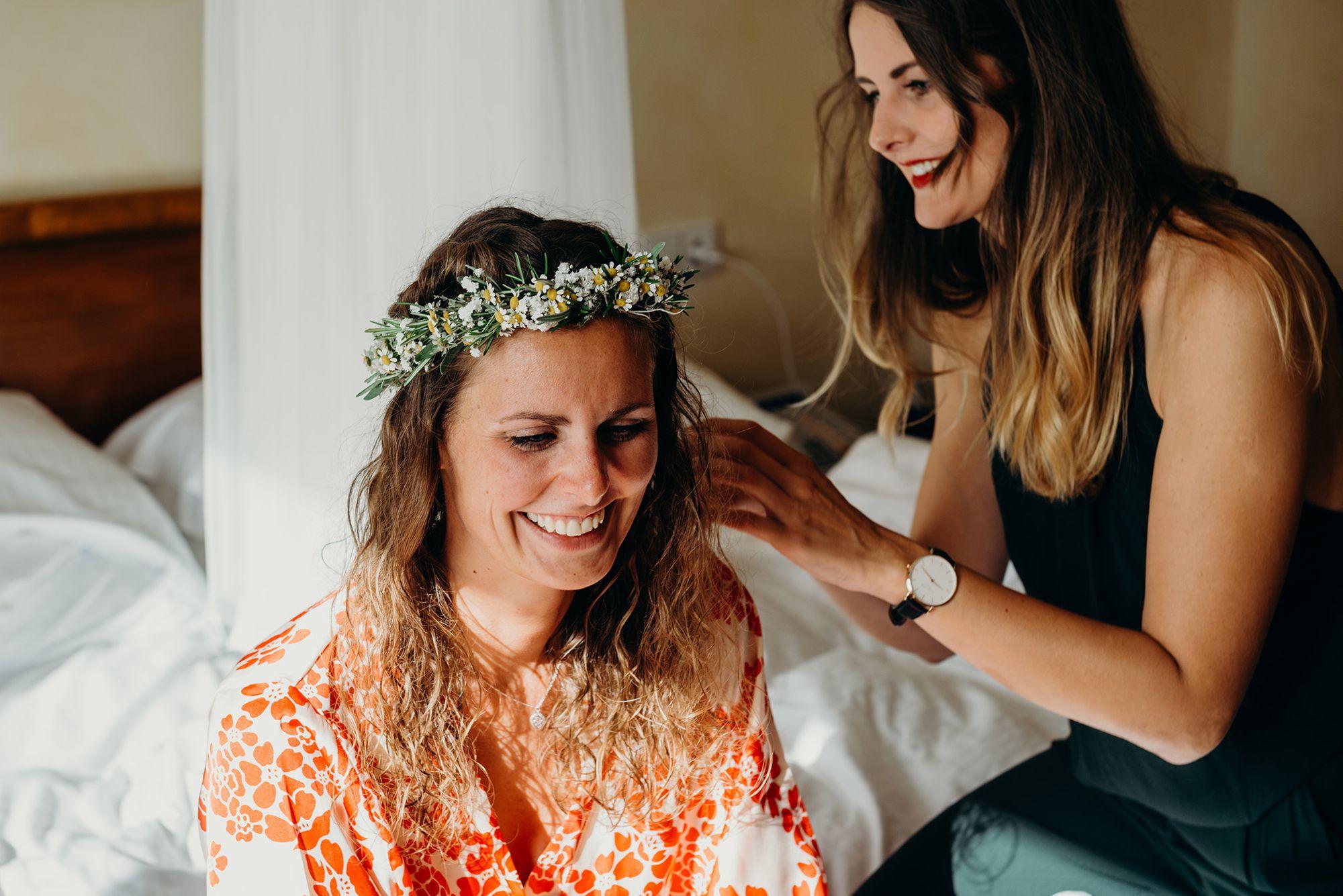 Brautstyling ist der erste Punkt im Ablaufplan bei der Hochzeit